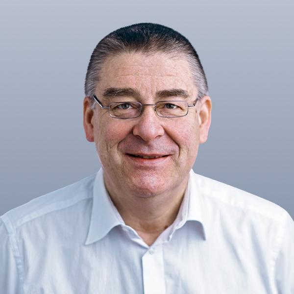 Dr. Kurt Götz