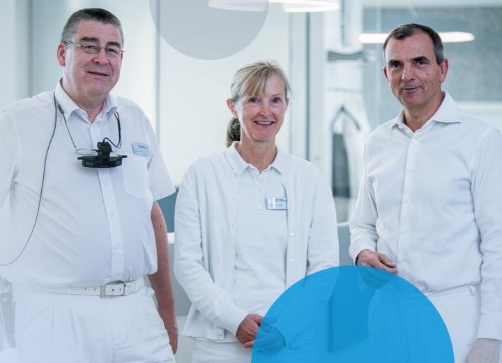 Dr. Kurt Götz, Dr. Beate Küchle und Dr. Michael Küchle in der Viselle Augenpraxis